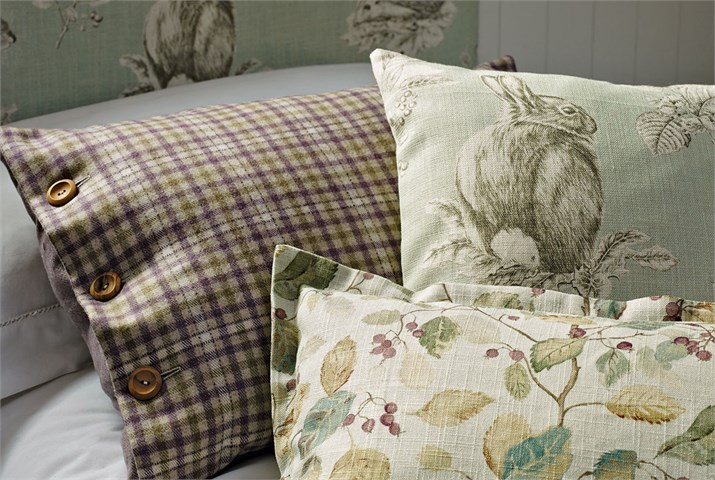 Country Home Ideas - Guest Bedrooms in colour