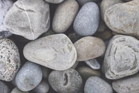 7 tips for a neutral beachside scheme