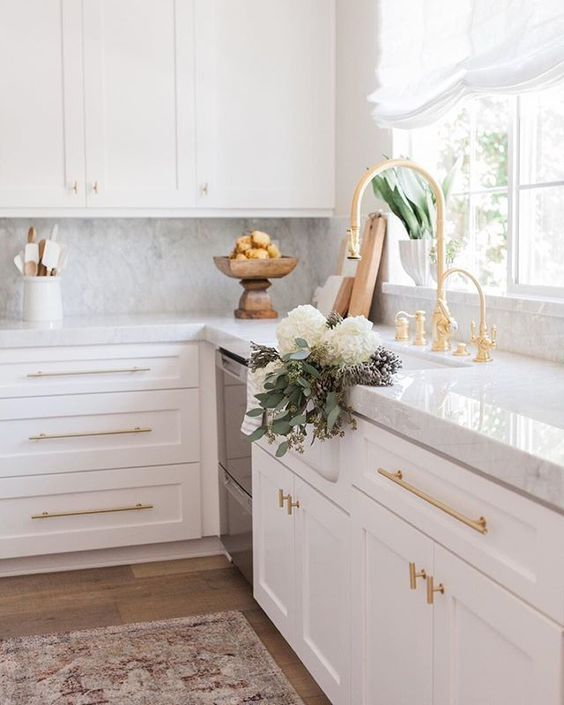 How to create a white kitchen