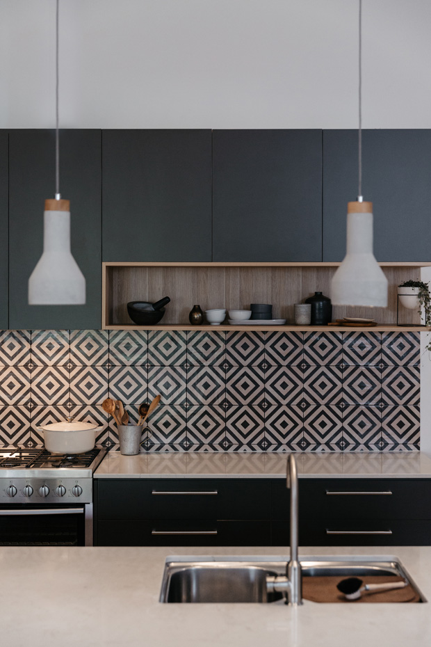 How to choose the right kitchen splashback - Making your ...